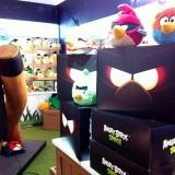 """¿Queres ganarte una de las """"cajas misteriosas"""" de Angry Birds Space?"""