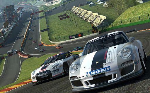 Real Racing 3-