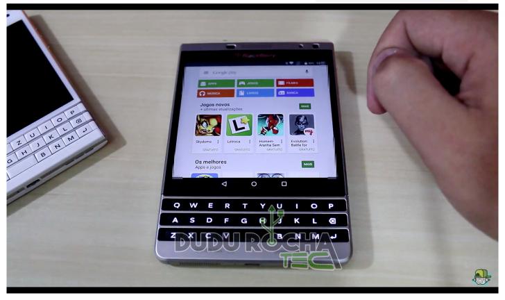 BlackBerry Passport con Android 5.0 Lollipop